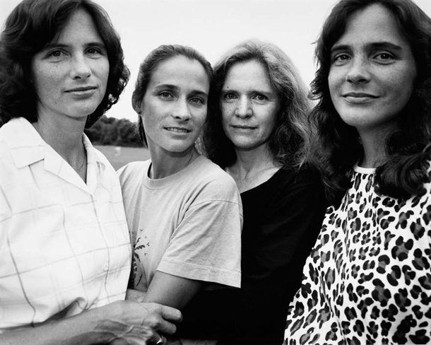 EBDLN-the-brown-sisters-take-photo-every-year-for-36-years-14