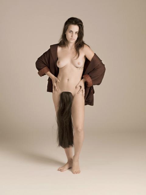 rhiannon-schneiderman-lady-manes-7_201213_1387533015_75_